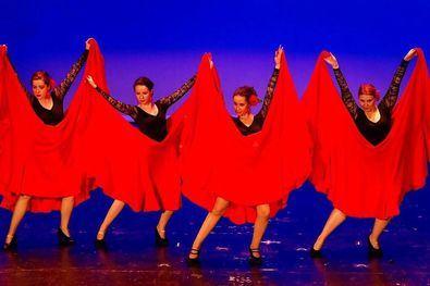 Al 100% con la danza y el arte