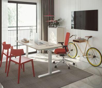 Existe una normativa para asegurar el diseño y fabricación adecuados para mesas y sillas en las oficinas, piezas fundamentales también del trabajo en los hogares.