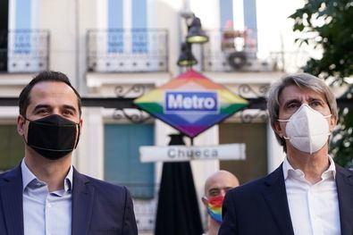 El nuevo logotipo permanecerá para siempre en el acceso a la estación, como símbolo de diversidad y tolerancia. La iniciativa forma parte de la campaña 'Metro somos todos', que pone en valor la pluralidad, el respeto y la libertad.