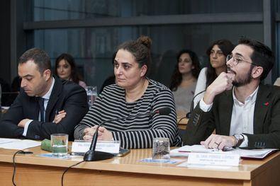 Sonia Belhassen, vocal portavoz del PSOE en la Junta de Retiro, durante un pleno