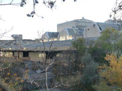 La histórica fábrica de leche Clesa. El edificio del arquitecto Alejandro de la Sota pasa a ser de titularidad municipal y se incluirá en el Catálogo de Edificios Protegidos.