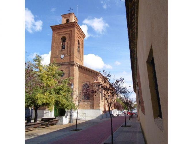 Iglesia de San Matías, en el casco antiguo de Hortaleza