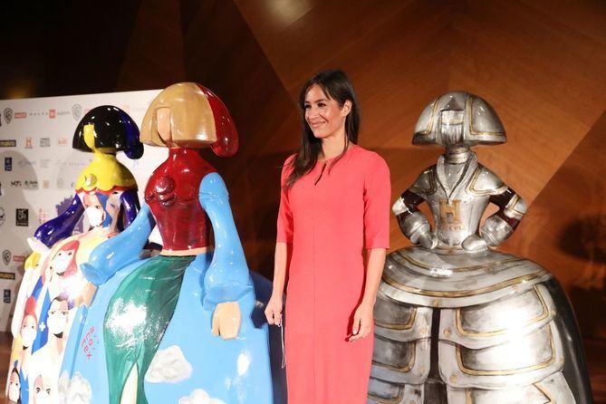 La vicealcaldesa de Madrid ha presidido el acto de presentación de Meninas Madrid Gallery 2020, la exposición urbana y solidaria que, por tercer año consecutivo y hasta el 15 de diciembre, llenará las calles de Madrid con figuras de meninas llenas de color y mensajes positivos.