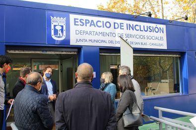 La junta municipal destina un presupuesto de 722.000 euros en 2021 y 2022, un 60 % más que los dos años anteriores, para ayudar a personas en situación de exclusión social.
