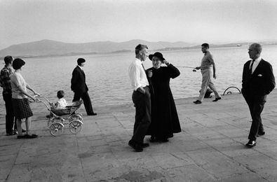 El fotógrafo Gerardo Vielba llegará a la sala entre mayo y julio, en el contexto del Festival PHotoEspaña. Esta exposición pretende mostrar una figura clave dentro del desarrollo de la fotografía española a partir de los años 60.