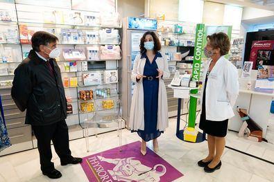 La Comunidad de Madrid es la primera a nivel nacional en poner en marcha la realización de pruebas de antígenos en farmacias y clínicas dentales.
