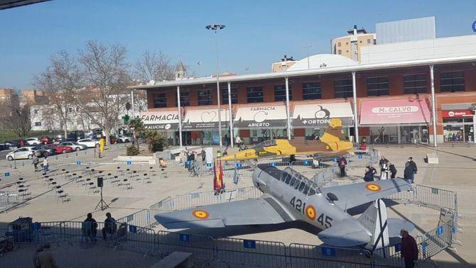 Los aviones proceden del Museo de Aeronáutica y Astronáutica, que en mayo cumple 40 años y tiene su sede en el distrito, en el barrio de Cuatro Vientos.