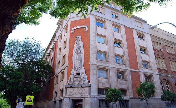Se han establecido cortes de tráfico, desde el jueves 1 hasta el domingo 4 de abril, en 18 calles de estos dos distritos, de 12.00 a 20.00 horas, salvo en el caso del distrito de Salamanca, que se peatonalizará exclusivamente mañana jueves, día 1.