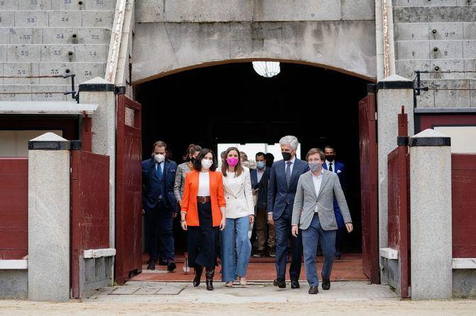 La obra, de 270 centímetros de alto y 190 de ancho, ha sido financiada con los fondos recaudados a través de la corrida benéfica celebrada en Valladolid en 2016.