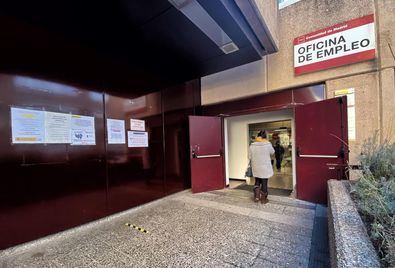 El número de parados registrados en las oficinas de los servicios públicos de empleo (antiguo Inem) en la Comunidad de Madrid cayó un 0,86% en abril con 2.986 desempleados menos en relación al mes de marzo.