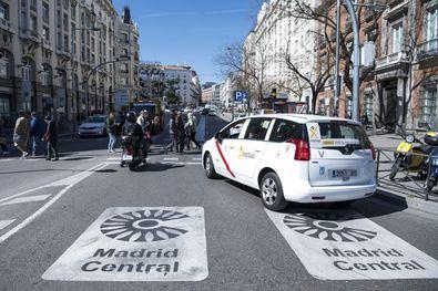 'En el caso de que alguno circule por Madrid Central sin los supuestos previstos, el Ayuntamiento tramitaría la multa correspondiente', ha asegurado el Alcalde de Madrid.