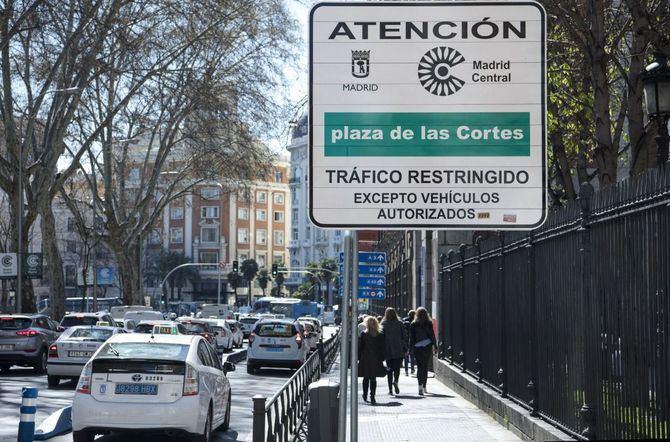 La Secretaría General Técnica de la Consejería de Medio Ambiente ha mostrado una serie de objeciones a la nueva Ordenanza de Movilidad Sostenible del Ayuntamiento de Madrid, cuyo anteproyecto se aprobó la semana pasada.