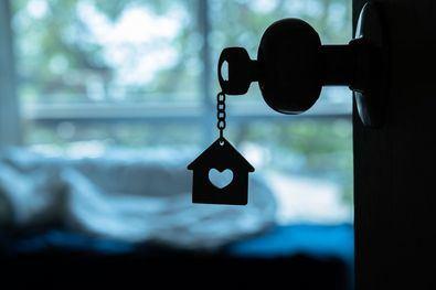 En Madrid, de las 6.474 viviendas registradas, 1.736 transacciones correspondieron a vivienda nueva, mientras que 4.738 fueron de vivienda usada.