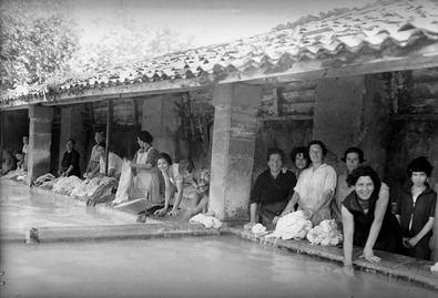 Archivo Loty. Avilés El lavadero 1928.
