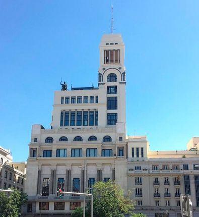 El edificio, obra de Antonio Palacios e inaugurado en 1926, ha sido restaurado por la empresa Kalam, especializada en restauración de patrimonio cultural y rehabilitación de edificios históricos.