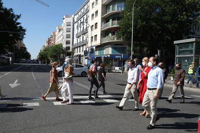 El área intermodal de Felipe II contará con una nueva disposición de las paradas de autobuses urbanos, nueva ordenación de las casetas del mercadillo artesanal permanente y mejorará la circulación peatonal.