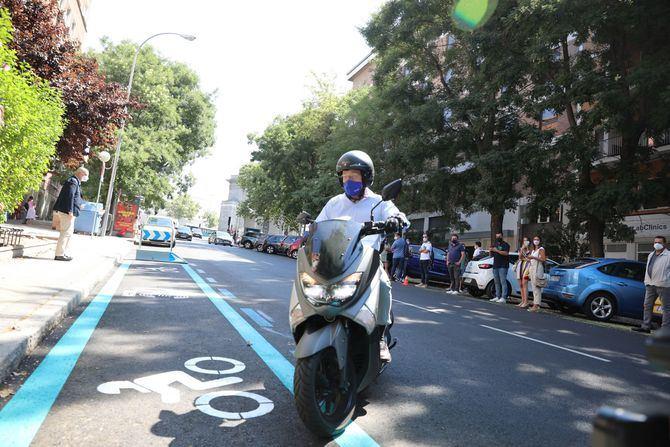 El regidor ha anunciado que Madrid pasará de las 11.516 plazas para motos que hay actualmente a 25.000 en 2023, incrementando el número de reservados en menos de dos años en un 117%.