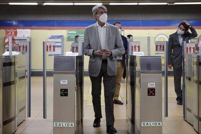 El Metro cerrará según la demanda de viajeros