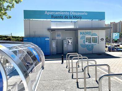 La semana pasada entró en funcionamiento el nuevo aparcamiento de Fuente de la Mora (Hortaleza) y en las próximas semanas se inaugurarán los de Pitis (Fuencarral-El Pardo) y Aviación Española (Latina).