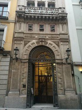 La celebración del Bicentenario coincide con las obras de rehabilitación y restauración de su sede, en la calle del Prado, 21.