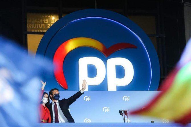Almeida celebra el comienzo del 'cambio de ciclo tan necesario en España', tras la victoria de Ayuso
