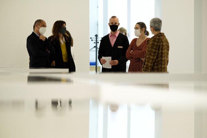 La consejera de Cultura y Turismo de la Comunidad de Madrid, Marta Rivera de la Cruz, durante la presentación de la exposición de Azucena Vieites.