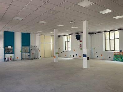 El distrito de Chamberí está realizando durante los meses de verano obras de mejora y conservación en cuatro centros públicos con el fin de que estén finalizadas antes de que comience el curso escolar 2020-2021.