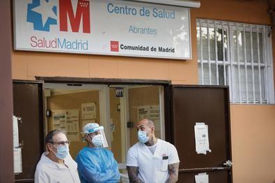 Carabanchel reclamará más personal y medios sanitarios este jueves con una manifestación desde el centro de salud de Abrantes hasta el de Puerta Bonita, a partir de las 18.30 horas.