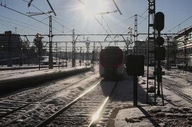 Cercanías ha restablecido el servicio en sus ocho líneas pasadas las 15.30 horas de este lunes, a excepción del tramo Santa María de la Alameda-El Escorial.