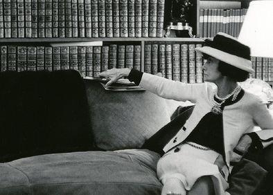 'Las hermanas Chanel', de Judithe Little, es la deslumbrante novela sobre los orígenes silenciados de la diseñadora de moda más icónica del siglo XX.