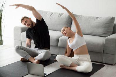 Redes sociales, series y el contacto telefónico con familiares y amigos se sitúan como actividades favoritas durante el confinamiento por encima de dedicar tiempo a hacer yoga o deporte en casa.
