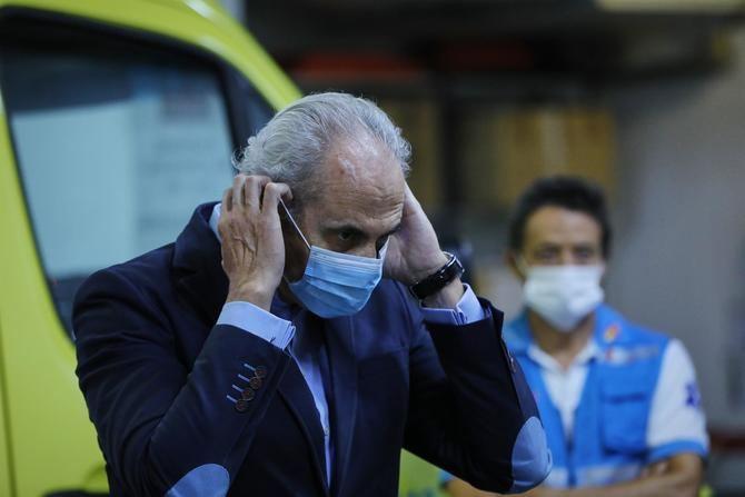 Escudero ha asegurado que es un virus que no entiende ni de fronteras, ni de regiones y que no entiende de colegios, que lo que hace es contagiar individuos', ha expuesto.