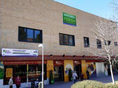 La Escuela está en el Mercado Municipal de Santa Eugenia.
