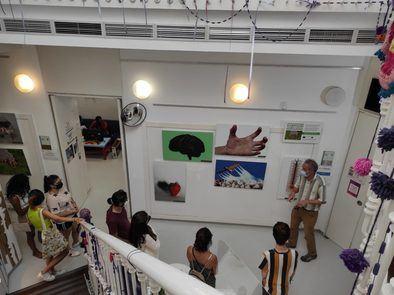 La exposición se enmarca en el proyecto europeo Food Wave y ha recorrido ya varios centros juveniles como: El sitio de mi Recreo en Villa de Vallecas y el de Chamberí.