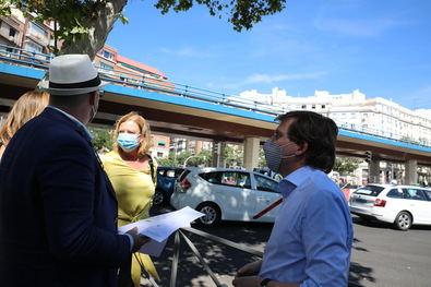 El alcalde y la delegada de Obras comprobaron la situación del Puente de Joaquín Costa