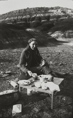 Georgia O'Keeffe, desayuno, Black Place. Maria Chabot, 1944.