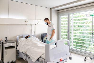 El hospital del Grupo HLA en Madrid atiende a los pacientes afectados por la COVID en sus diferentes etapas.