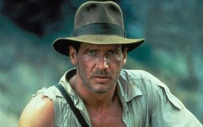 Indiana Jones es un personaje inolvidable, en una película que dialogaba con la tradición, pero que al mismo es atemporal.