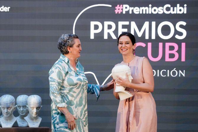 La presidenta de la Comunidad de Madrid en funciones, Isabel Díaz Ayuso, ha defendido este lunes que el sector de la gastronomía es 'mucho más que economía', pues 'es algo cultural y social'.