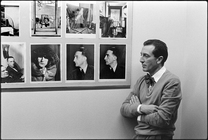Utray es una figura fundamental en el paso de los años setenta a los ochenta y en las estéticas de la posmodernidad en España.