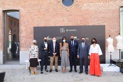La vicealcaldesa de Madrid, Begoña Villacís, acompañada del delegado de Economía, Innovación y Empleo, Miguel Ángel Redondo, ha presentado hoy en el Centro Cultural Conde Duque la Semana de la Moda de Madrid 2021.