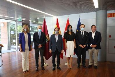 Martínez-Almeida y Villacís, asistieron este viernes pasado a la constitución de la nueva asociación sin ánimo de lucro 'Madrid Futuro', que cuenta con el patronazgo de casi 30 grandes empresas.