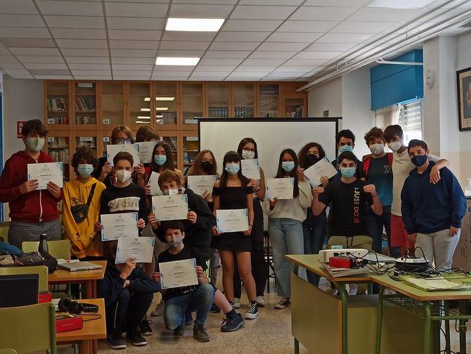 La colaboración del Ayuntamiento de Madrid, a través de las Juntas de Distrito, permite que la iniciativa llegue a estudiantes de toda la capital.
