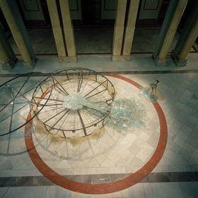 Criado es uno de los principales artistas españoles de la segunda mitad del siglo XX, Premio Nacional de Artes Plásticas en 2009.
