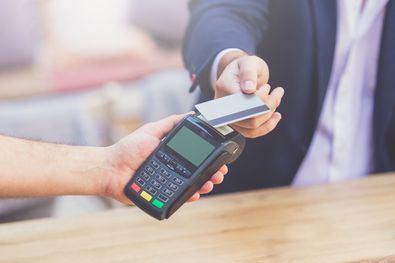 Se han elaborado una serie de recomendaciones, con el fin de que los comercios desinfecten correctamente sus terminales de pago, especialmente los teclados.