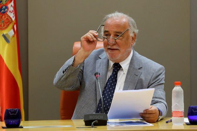 Pere Navarro ha insistido que esta nueva norma 'contribuye a la transformación de las ciudades' y que es 'una apuesta decidida por el calmado del tráfico'.