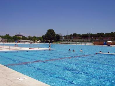 Las piscinas de la comunidad, para finales de junio