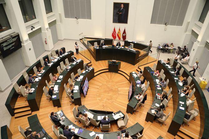 El Pleno del Ayuntamiento aprueba los nuevos límites entre los distritos de Barajas y Hortaleza.