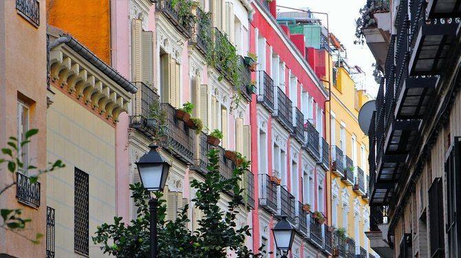 Salamanca se sitúa, una vez más, como el distrito más caro en vivienda de segunda mano, con 6.154 euros el metro cuadrado, seguido de Chamberí, con 5.410 euros el metro cuadrado.