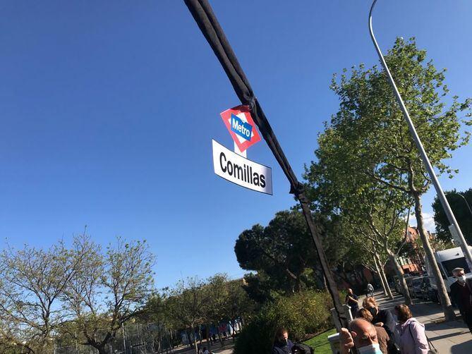 Con salida en el intercambiador de la Plaza Elíptica, han 'inaugurado' las estaciones de Comillas, Madrid Río y Palos de la Frontera, donde ha culminado su recorrido.
